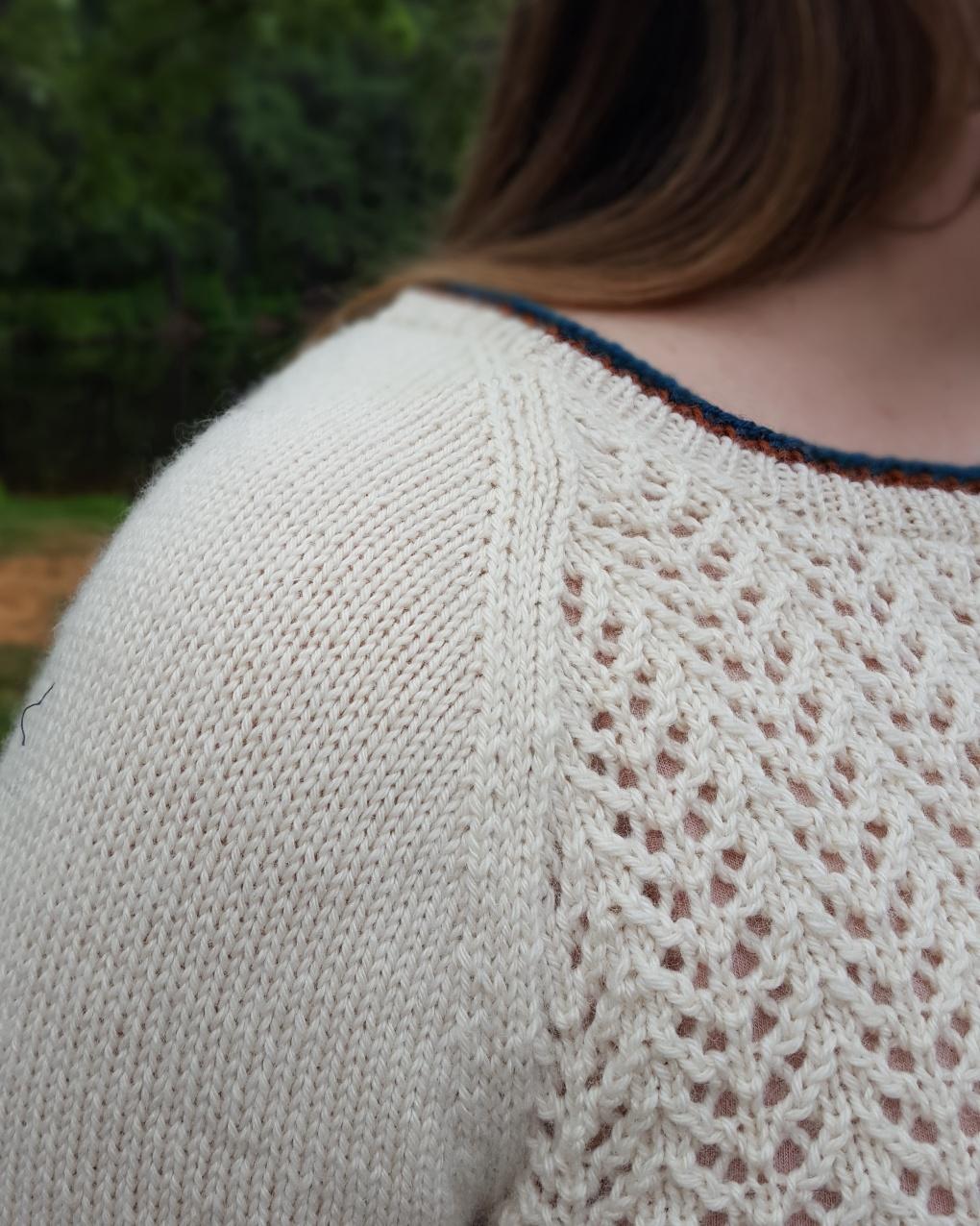 Close up of the raglan shoulder seam on the Sagebrush tee.